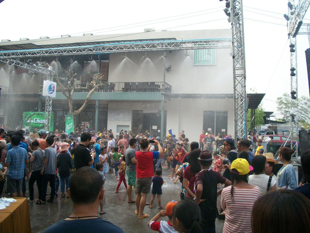 Songkran Ud town Udon thani