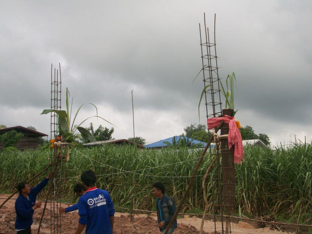 Thaïlande : C'est parti pour la construction de la maison......