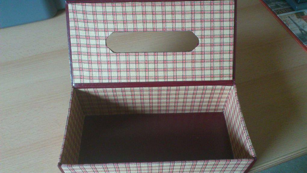 Autre boîte à mouchoirs