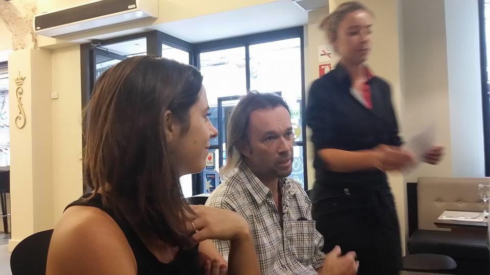 Girona: conférence de presse de Jazzébre à travers la frontière! interview Ana Maria Cabéro, Yan Causse par Nicolas Caudeville