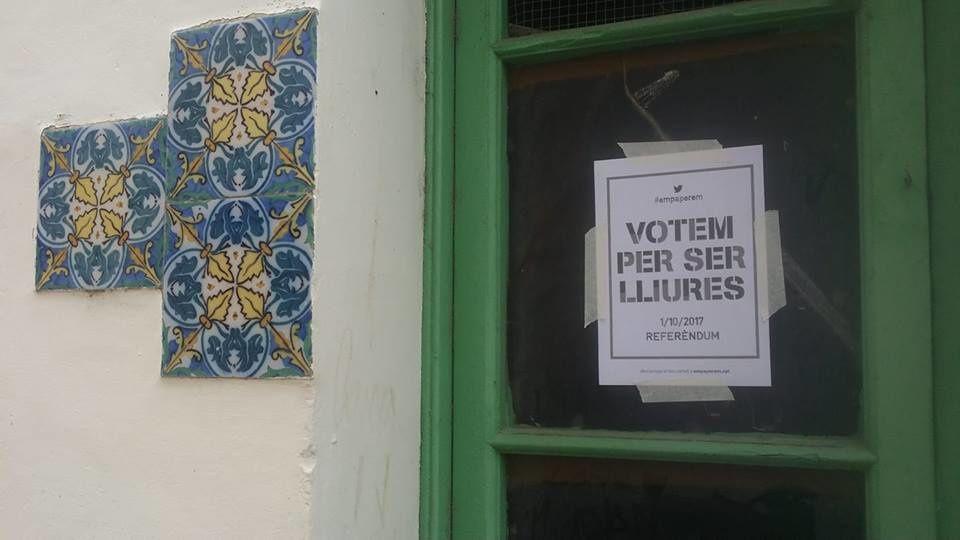 Référendum en Catalogne: el império contrattaca! une journée dans les bureaux de vote à Figuéres! interview par Nicolas Caudeville et Jean Lhéritier
