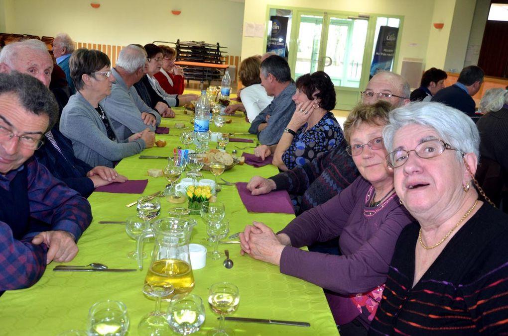 Repas des propriétaires : 93 à table