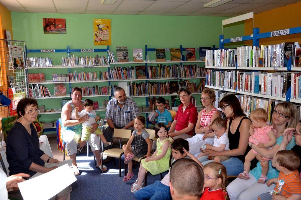 6 enfants ont reçu leur premier livre