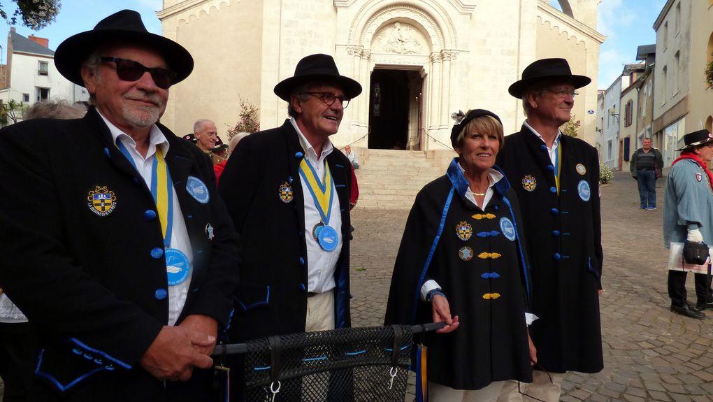 5eme Grand Chapitre de la Confrérie Pornicaise de la tête de Veau. Photos de Maryse et Daniel.