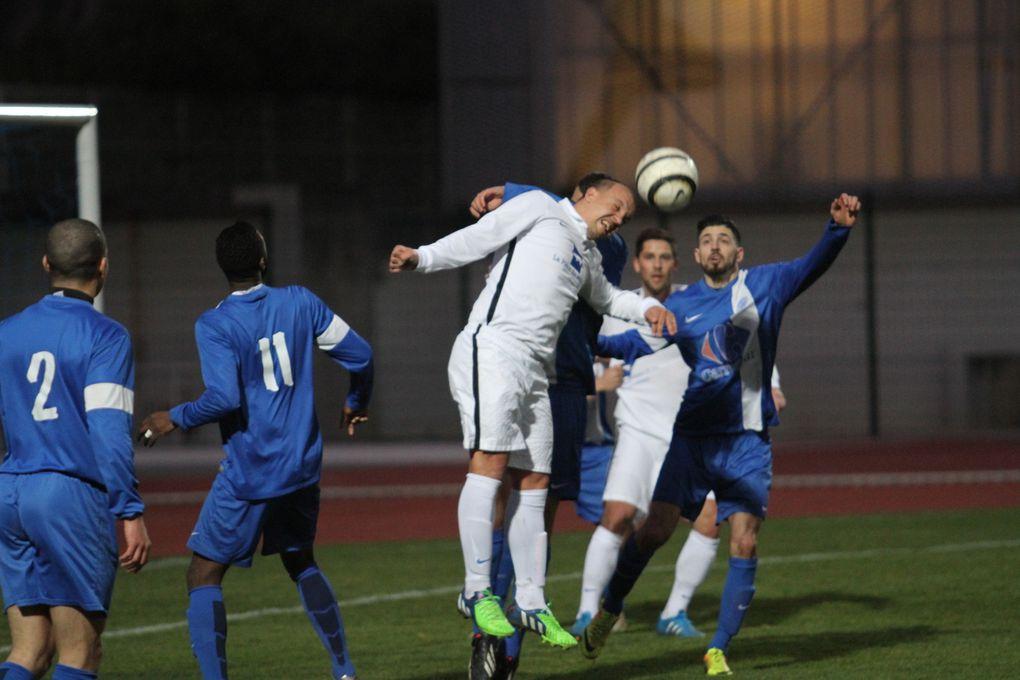 L'AS Minguettes chute encore à domicile face au FC Limonest