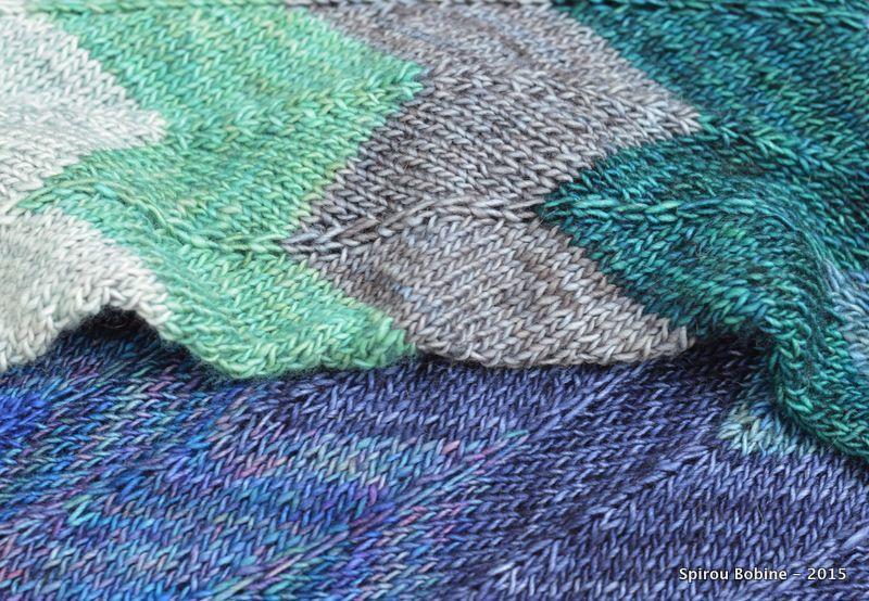 Echarpe Unicorn Stripes en Madelinetosh Unicorn Tails