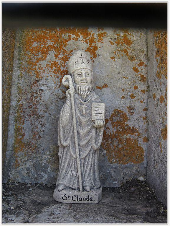 Saint André les Alpes : la marche du secours catholique est passée par Courchons