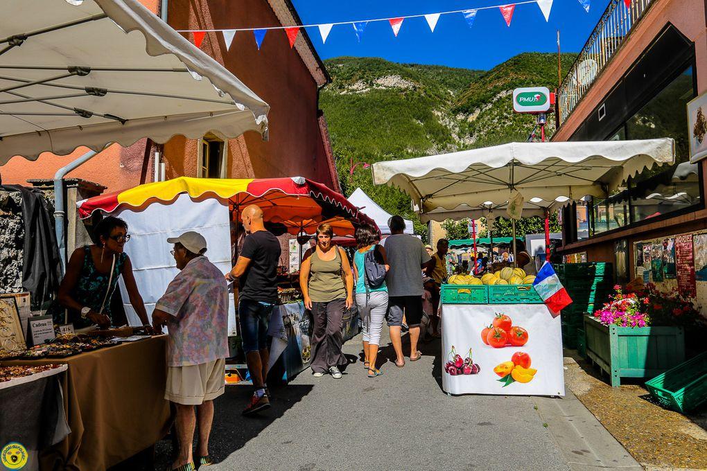 Marché hebdomadaire de St André les Alpes