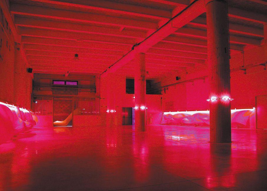 Oeuvre et espace sensible , des espaces à habiter , une nouvelle relation oeuvre/spectateur