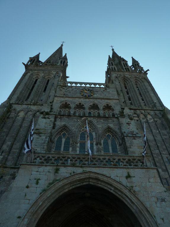 Intérieur et extérieur de la Cathédrale.