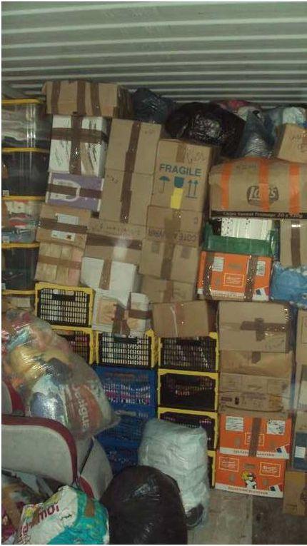 images archives d'un chargement en France jusqu'à sa livraison en Tunisie