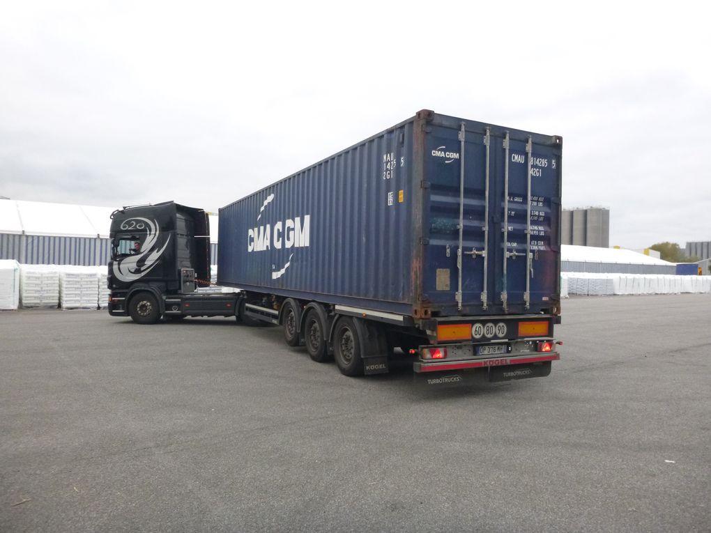 29 octobre 2016 - chargement du 40ft container - 11e envoi