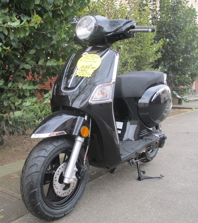 Scooter TNT 50 Otto.