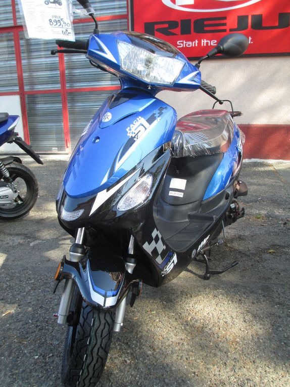 "Scooter IMF type ""Pach 51""."