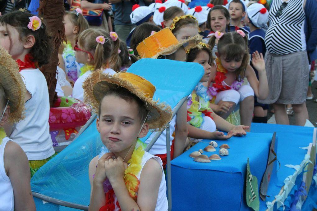 Kermesse 2014-2015 : sans la pluie, avec les couleurs !