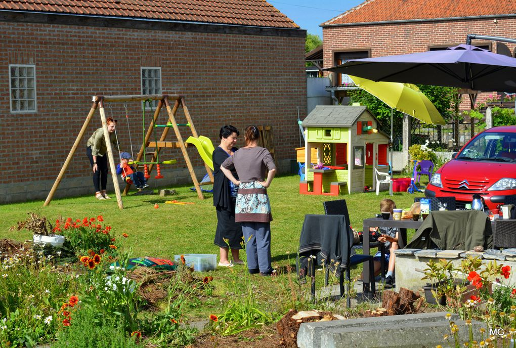 Travail du jardin partagé et anniversaire de Zacharie - Marcq-en-Ostrevent, 10 juin 2017.