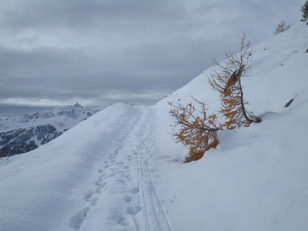 départ de la Bergerie du Granon (2090m) et montée à ski de fond (avec peaux) en direction du Col Buffère (2427m) !  Superbe itinéraire en balcon à refaire par grand beau temps !!