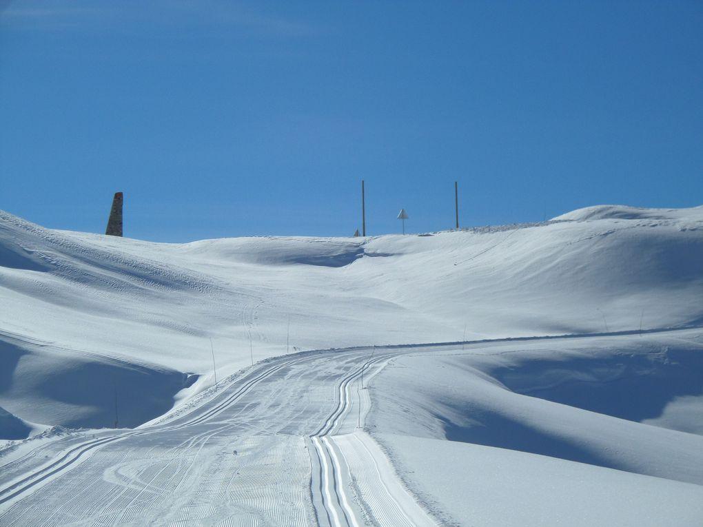 départ du Laus (1750m) et montée à ski de fond au Col d'Izoard (2360m) ! Superbes conditions pour ce 1er damage de la saison le 20/11/14 !!