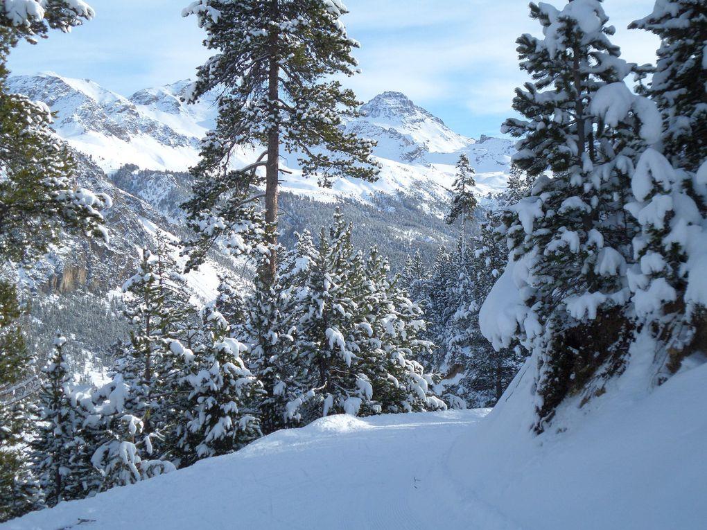 départ du Laus (1745m) près de Cervières et montée à ski de fond sur le circuit en balcon de la Pinatelle (1950m) !! soleil et neige fraiche !!