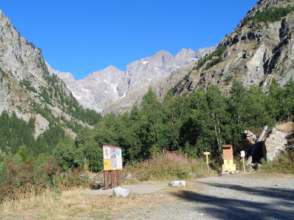 départ d'Entre Aigues (1610m) et montée au Refuge des Bans (2083m) puis montée jusqu'à l'extrémité du vallon (2250m) !! un site magnifique !!