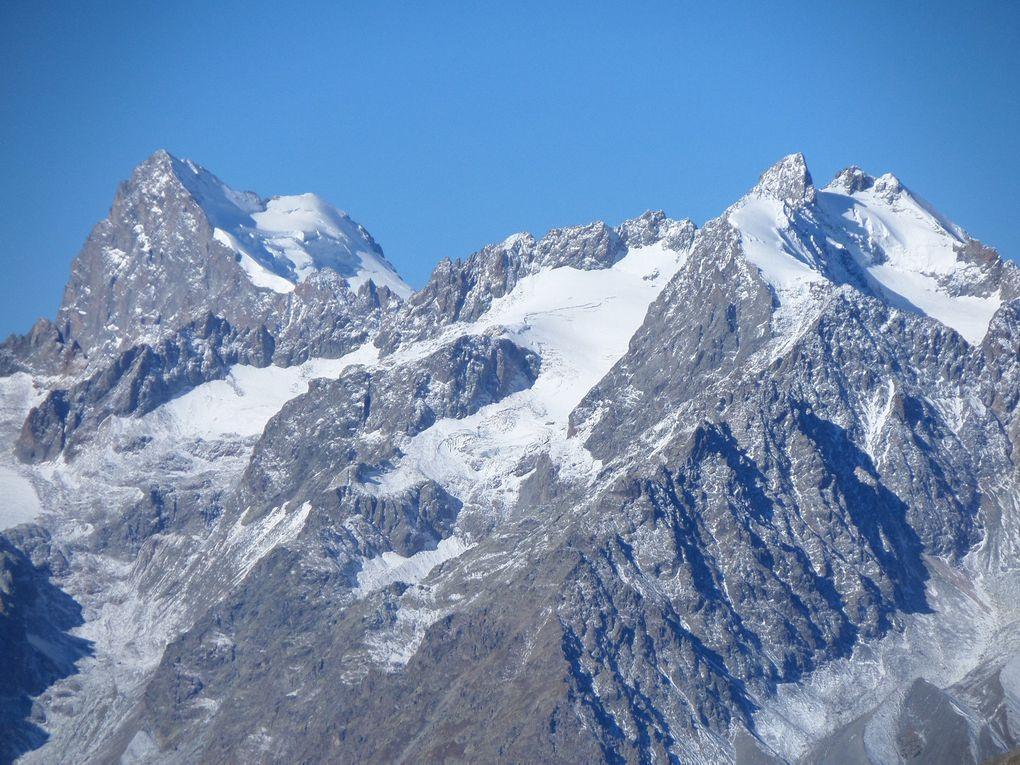 départ du Col du Granon (2413m) et montée au sommet de la Gardiole (2753m) !! superbe avec ces premieres neiges !!