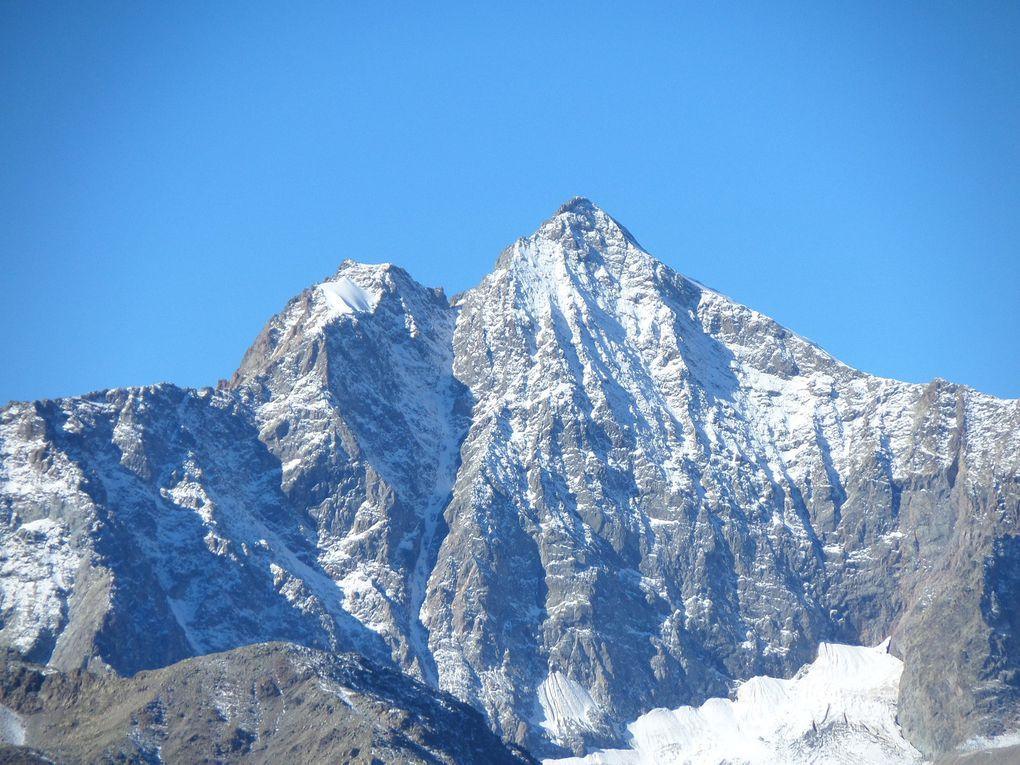 départ de Monétier (1550m) et montée au sommet de Roche Chevalier (2320m) !! Beau belvédère sur la vallée de la Guisane et le Massf des Ecrins !!