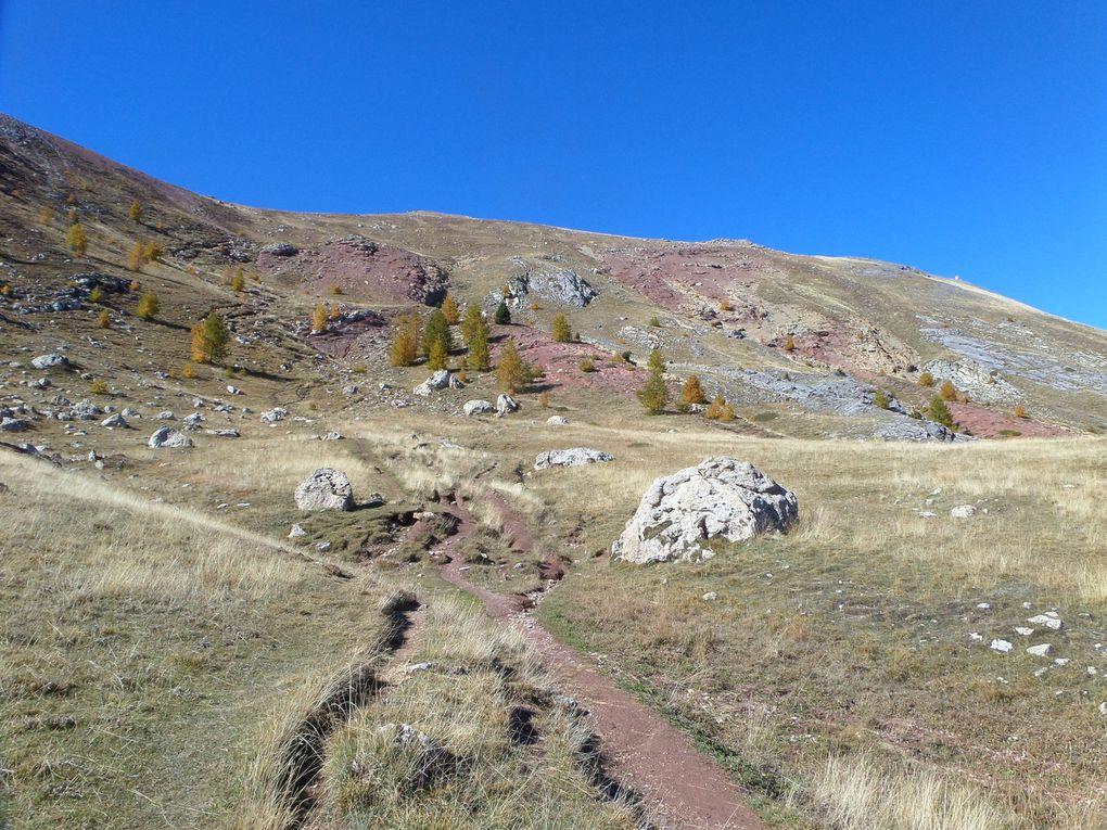 départ de la route forestière de Morgon (1360m) et montée au Pic de Morgon (2324m) !! magnifique belvédère et superbe automne !!