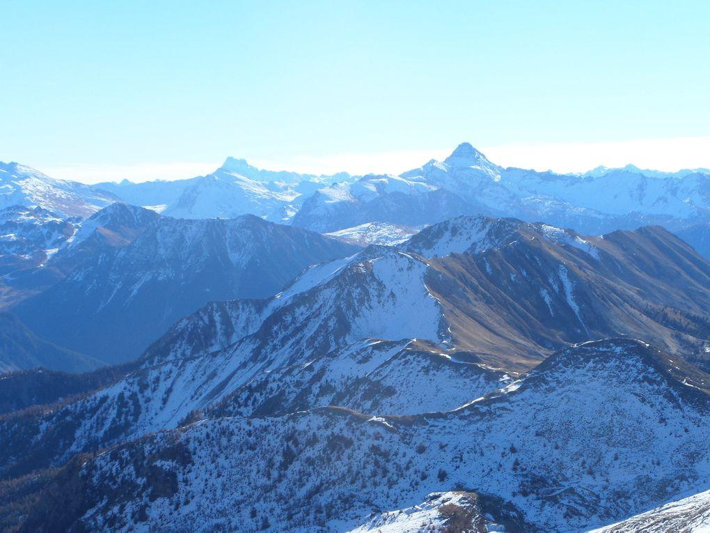 départ du Col du Granon (2413m) et montée au sommet de la Gardiole (2753m) !! quel panorama !! Massifs des Cerces , de la Vanoise , du Piemont , du Queyras , des Ecrins !!