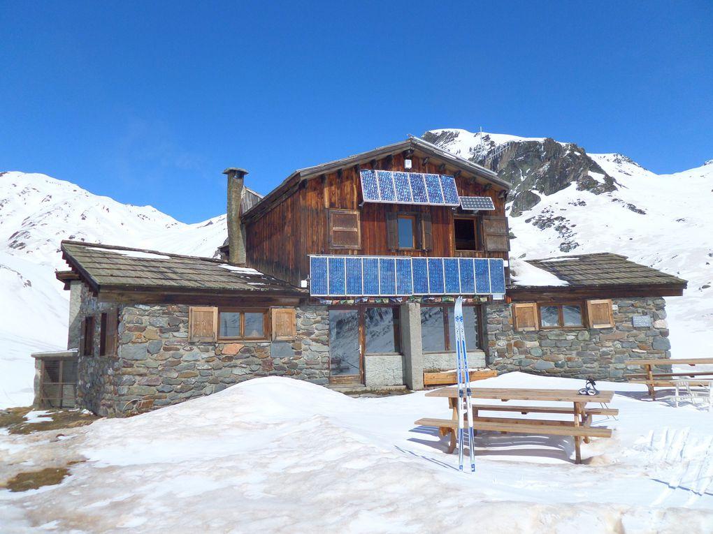 départ de Chapelle Ste Anne (1750m) et montée à ski de fond au refuge de Laval (2030) puis jusqu'au refuge des Drayères (2180m) !