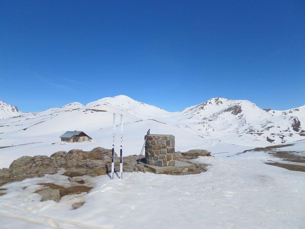 départ des Tronchets (1900m) et montée à ski de fond au Col du Granon (2413m) !
