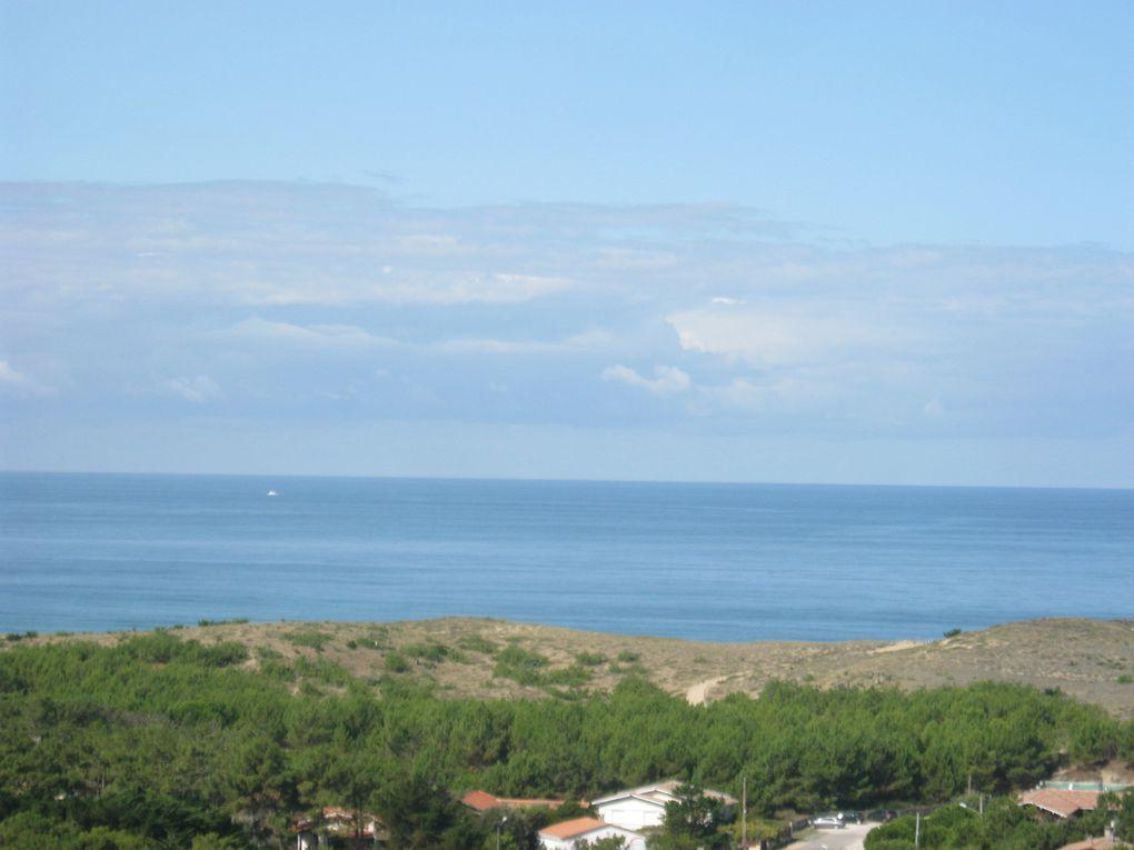 du haut du phare les différents paysages, la dune, le banc d'Arguin, l'Océan et les plages du Ferret
