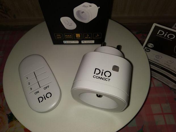 unboxing de la prise murale type FR connectée avec télécommande et commande vocale - DiO Connect Plug @ Tests et Bons Plans