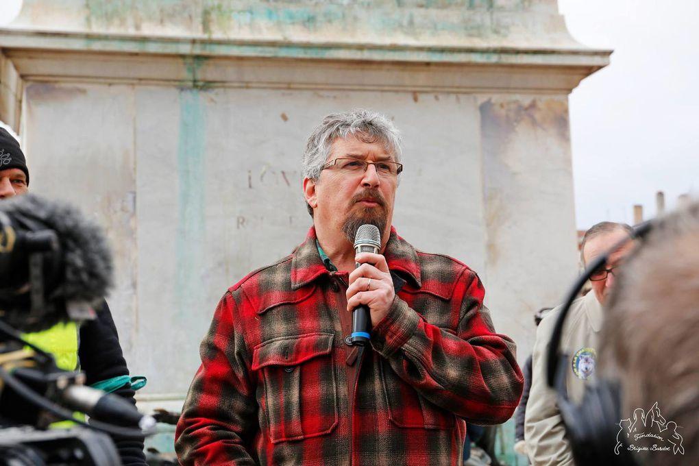 Manifestation en faveur du loup Lyon 16 01 2016