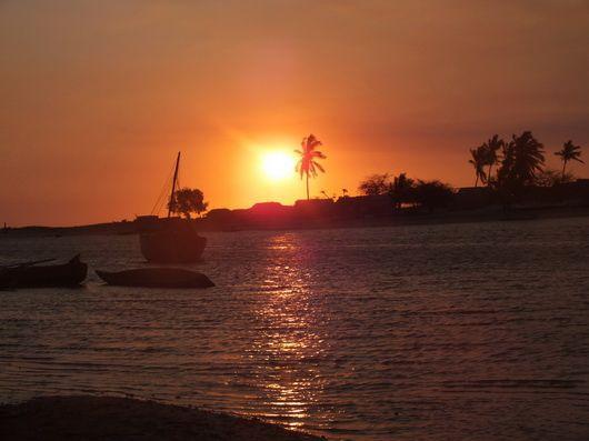 4446) La balade du dimanche : Belo sur mer…
