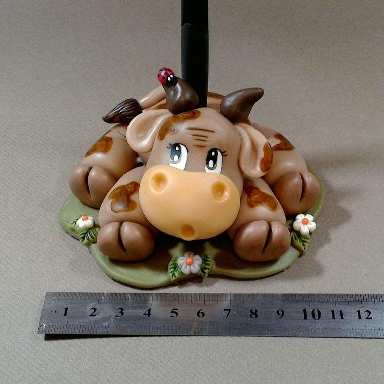 Porte-bic avec p'tite vache rigolote