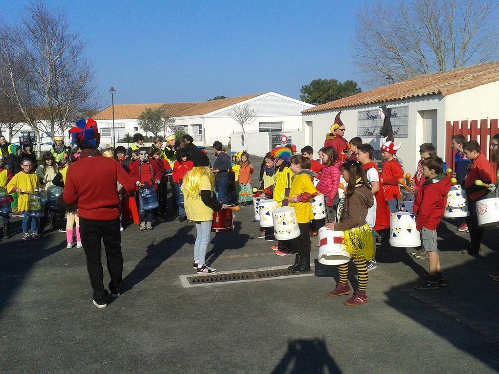 Carnaval à l'école le 23 mars 2016