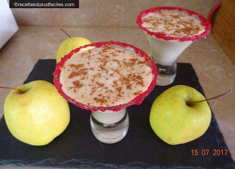 #Frappé à la pomme #Pommes #Lait d'amande #Boissons #Paléo #Recettes #Recettes du Sud #Recettes faciles