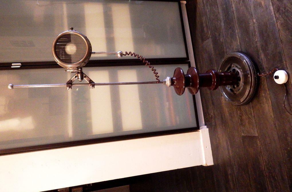 Lampe luminaire récup recyclage détournement &quot&#x3B;PHARISOLA&quot&#x3B; esprit industriel garage