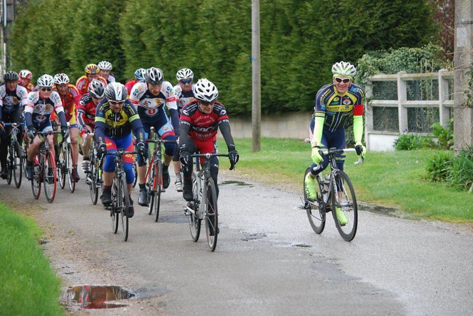 Nouvel album photos des courses UFOLEP de Marville Les Bois (28)