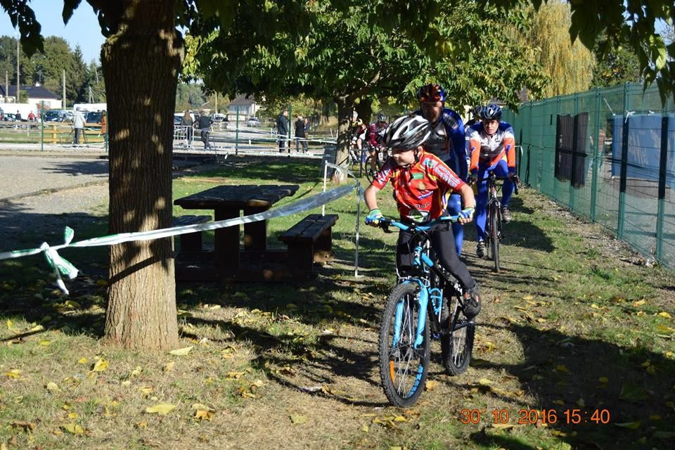 Cyclo-cross de Champagné (72) Thomas 21ème et Maxime 14ème