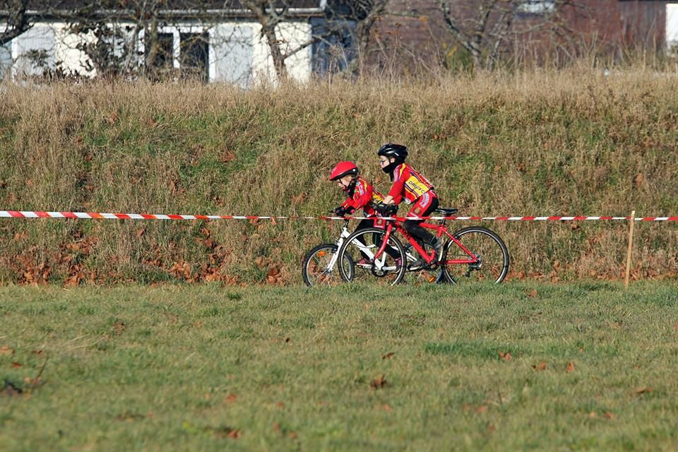 Nouvel album photos du cyclo-cross de Bû du 17/12/216