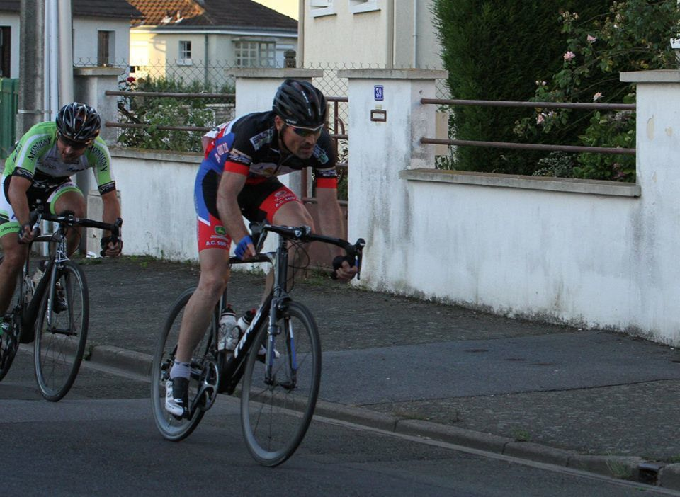 Album photos de la course 2, 3, J et PC open de Mainvilliers (28) du 16/6/17