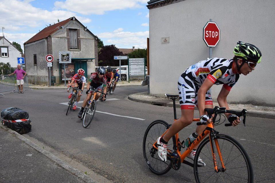 Nouvel album photos des courses écoles de cyclismes et minimes de Saussay (28)