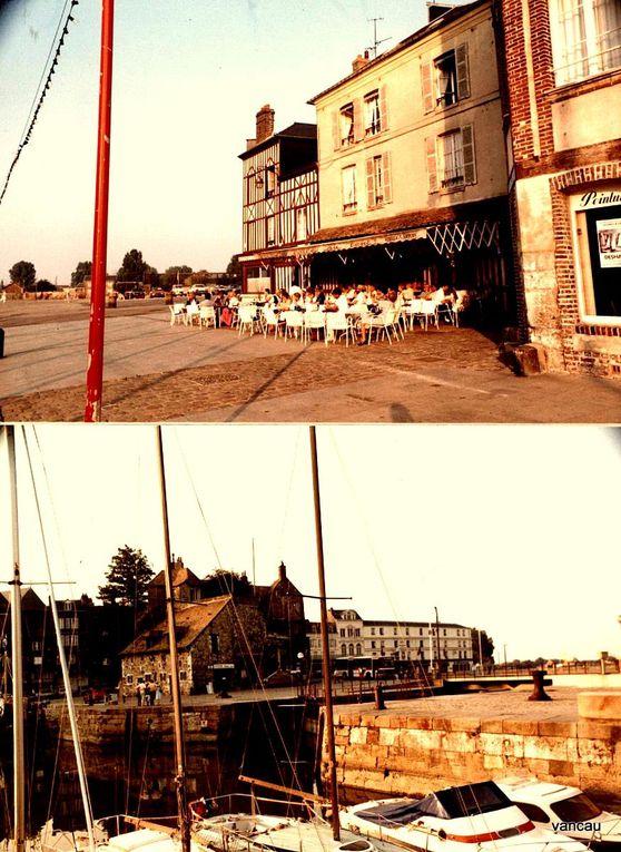 In Fine' retour de Normandie, le Pont Neuf à Paris, emballé par Christo