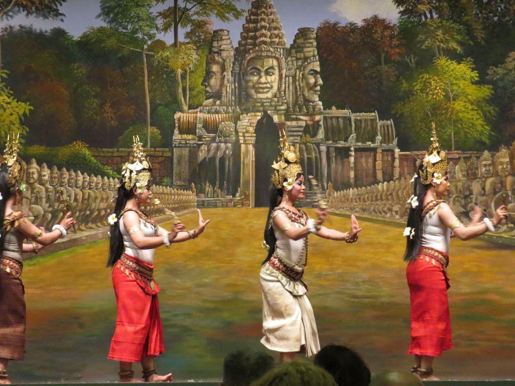 Voyage au Cambodge ... 3ème journée: Le temple de Banteay Srey et balade sur le Ton Sap