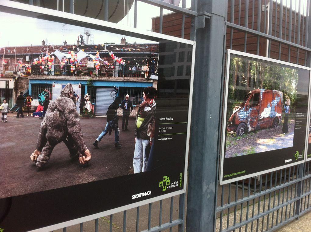 Expo photos sur les grilles du Stade-de-France