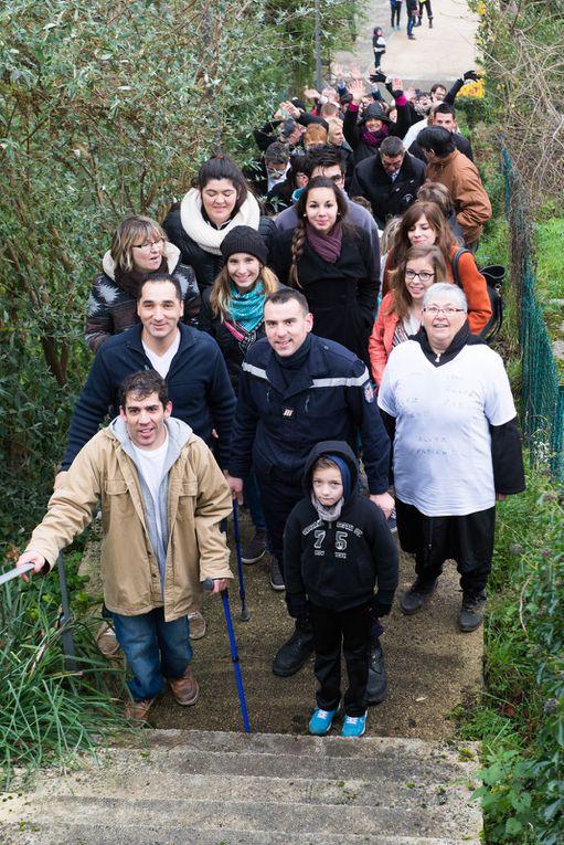 Tournon d'Agenais : Fabien escalade les marches pour le Téléthon