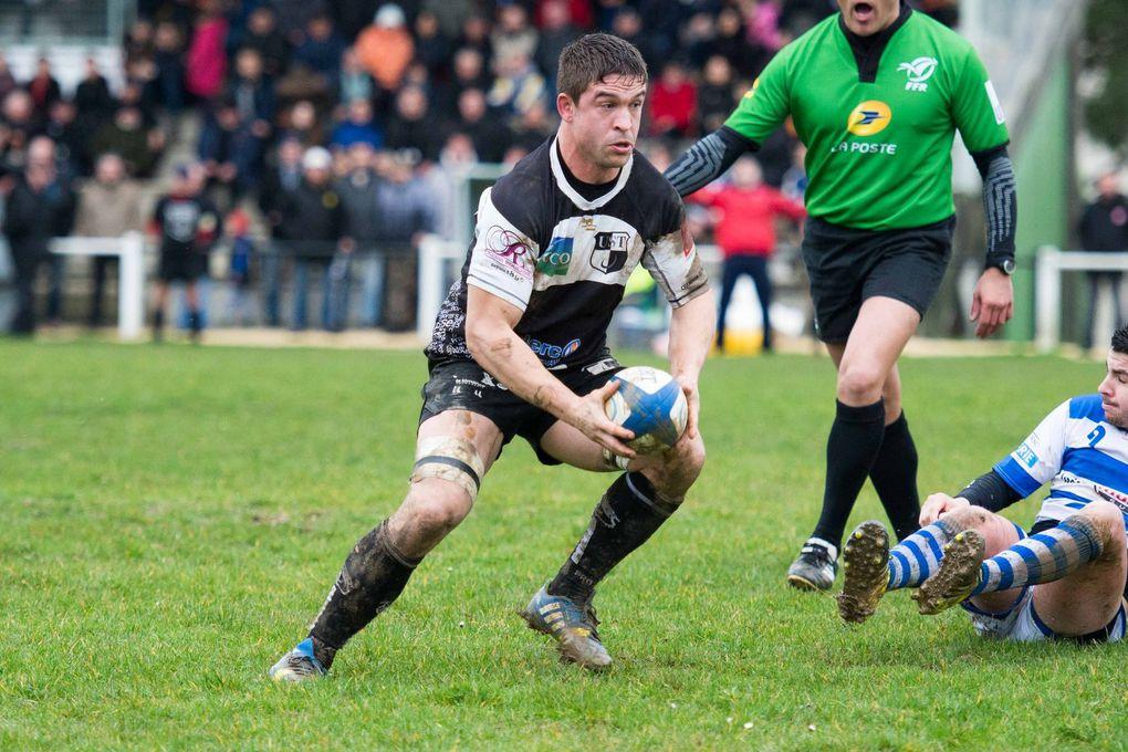 Rugby Fédérale 3 : Tournon l'emporte face à Layrac dans la boue