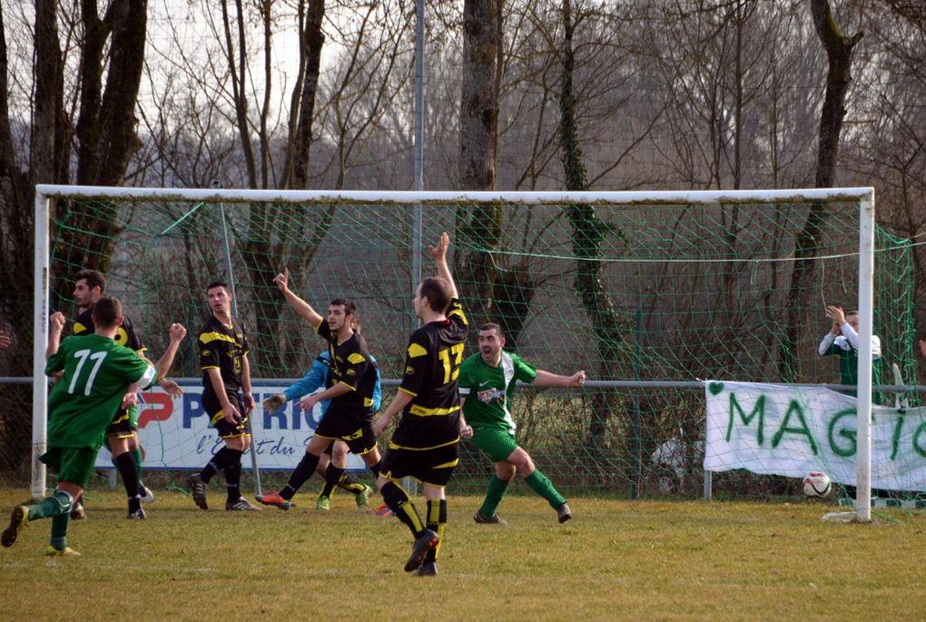 Football : L'équipe fanion gâche, la réserve assure