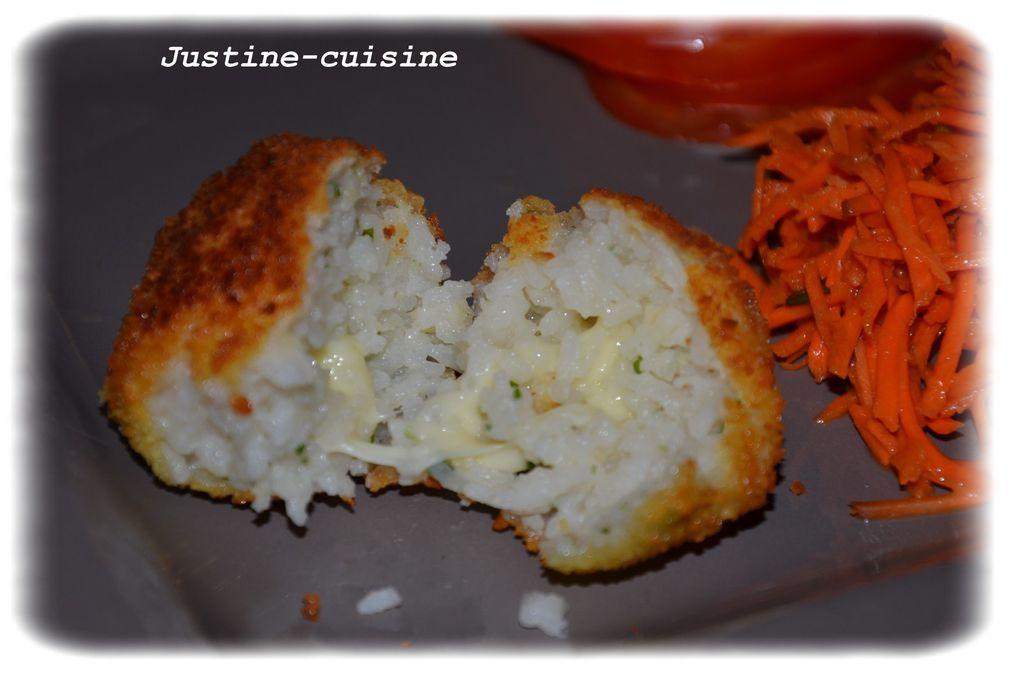 Boulettes de riz fourrées à la mozzarella